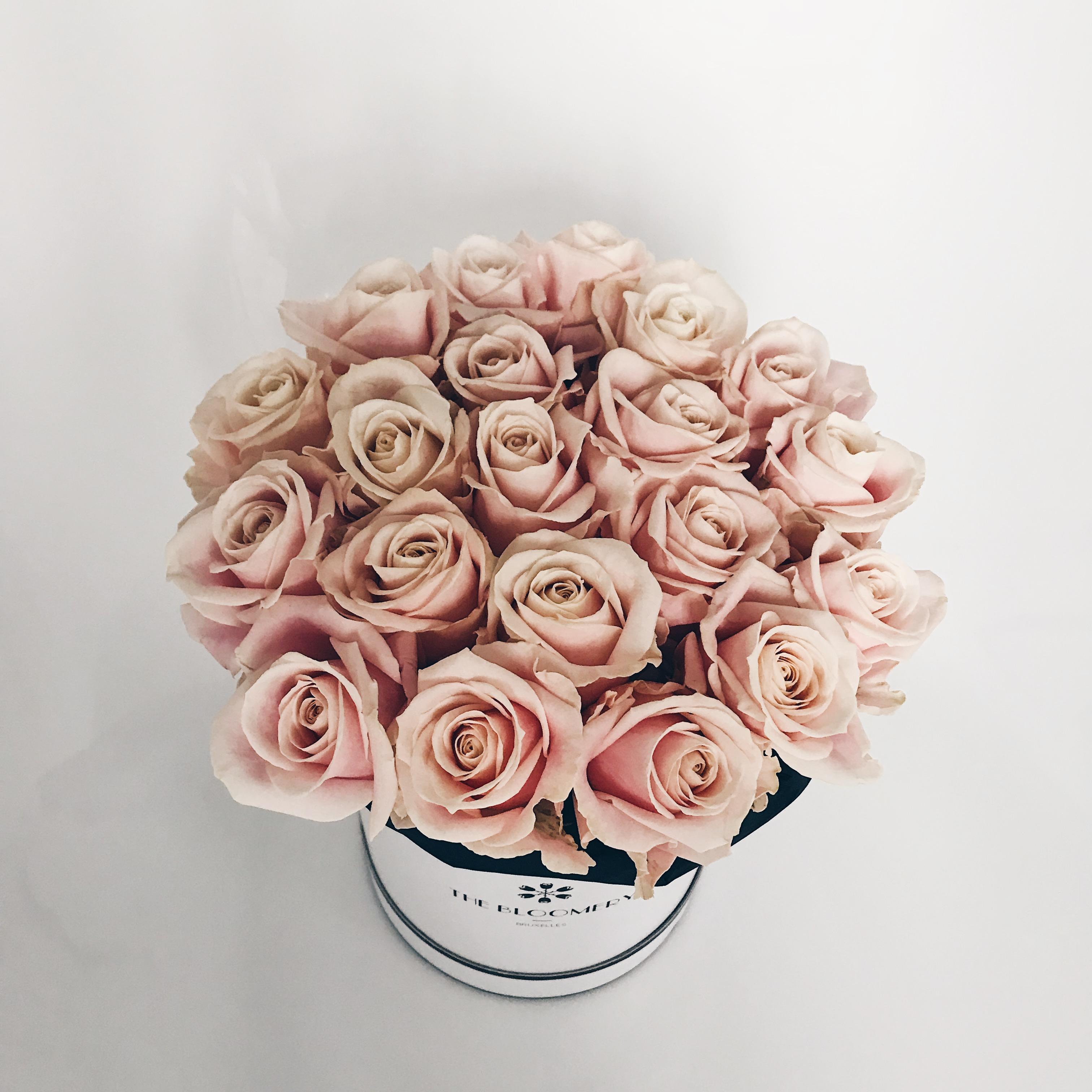 bouquet de fleur pas cher beautiful images bouquets de fleurs tout fleurs mariage fleurs en. Black Bedroom Furniture Sets. Home Design Ideas